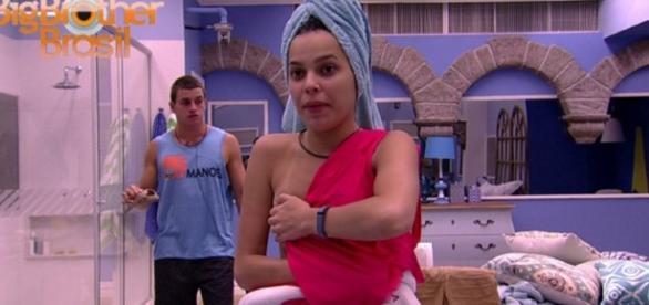 BBB 2017: Mayla e Manoel mostram demais; veja nudes