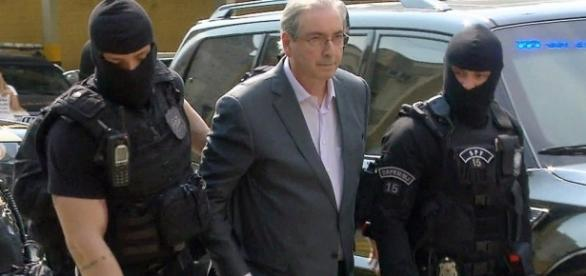 Eduardo Cunha alega ter aneurisma para sair da prisão