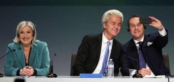 EU   Petry und Le Pen erstmals zusammen auf deutscher Bühne - geschichtedergegenwart.com