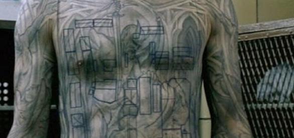 Quais serão as novas tatuagens de Michael na 5ª temporada de Prison Break?