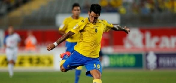 Sergio Araujo foi revelado no Boca Juniors e atua no Las Palmas