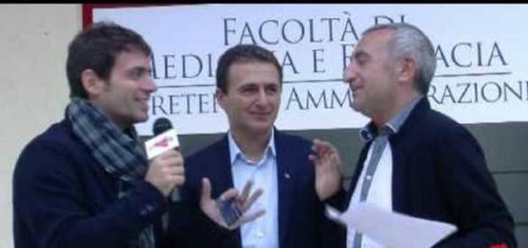 Cezar Bichescu în timpul unui interviu acordat presei italiene
