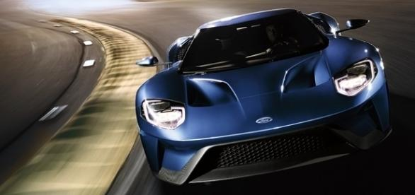 Novo Ford GT terá apenas 500 unidades produzidas, com preço a partir de US$ 400 mil