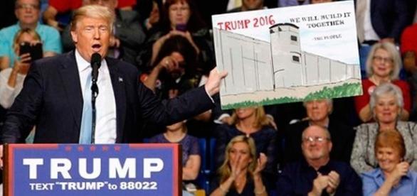 Trump em campanha para construção de muro entre fronteira do México com os EUA