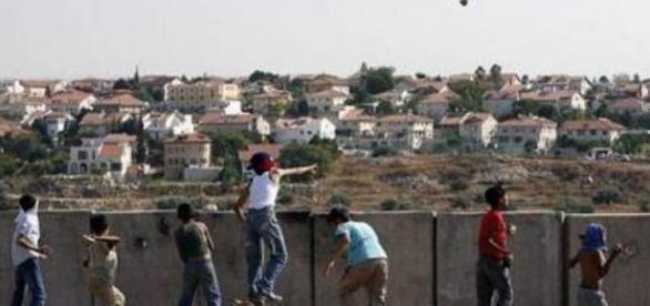 Un muro in Cisgiordania che separa gli israeliani dai palestinesi