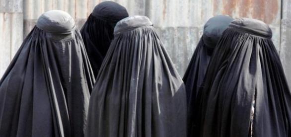 Burqa, se passa la legge verrà vietato in tutta Italia