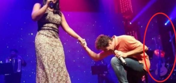 Daniel sobe ao palco com filha de João Paulo