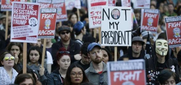 Des manifestations anti-Trump dans le pays