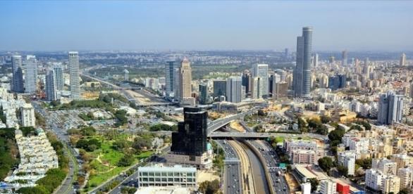 Israel baut wieder in Judäa und Samaria. Auf dem Foto ist Tel Aviv, Israels Hightech-Metropole. (Fotoverantw./URG Suisse: Blasting.News Archiv)