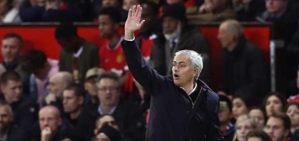 Manchester United vence o clássico contra o City e avança na Copa ... - com.br