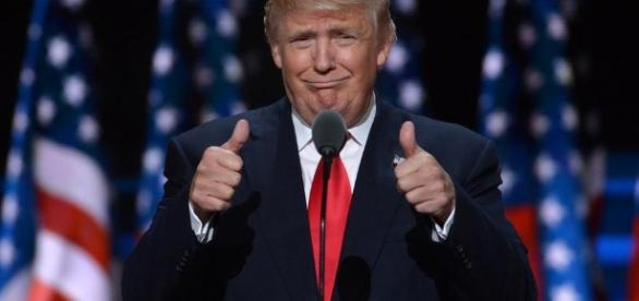 Nella foto: il neo presidente Donald Trump
