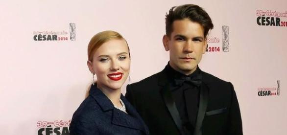 Scarlett Johansson e Romain Dauriac ficaram noivos em 2013