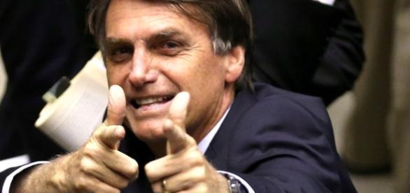 Bolsonaro x esquerdistas: confira alguns embates