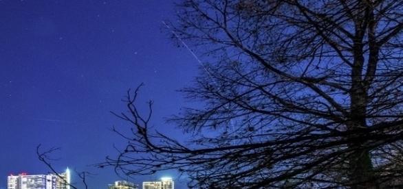 Fotógrafo Christopher Sherman capta objeto(s) acima de Austin. Evento também foi filmado e transmitido na Fox News (Christopher Sherman)