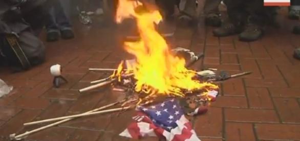 Portland protests like the 3rd world / Photo screencapped via AP archive Youtube