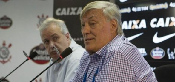 Roberto de Andrade e Flávio Adauto são os responsáveis dos negócios do Timão.