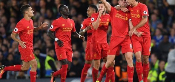 Chelsea 1-2 Liverpool: Jordan Henderson 30-yard screamer ends ... - dailymail.co.uk