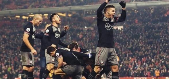 Clube é finalista da Copa da Liga Inglesa