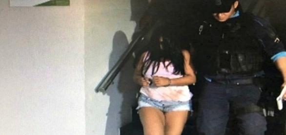 Mãe é presa em flagrante por assassinato