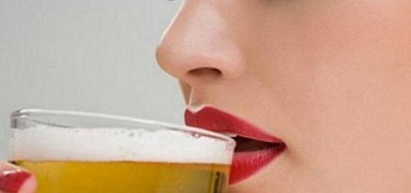 O consumo diário de cerveja previne doenças