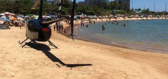 Vereador pousa helicóptero em praia do Espírito Santo
