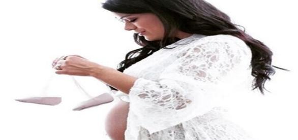 A cantora afirmou que a qualquer momento a filha pode nascer