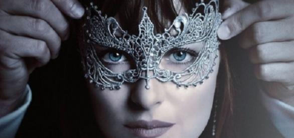 'Cinquenta Tons Mais Escuros' chega aos cinemas no próximo mês