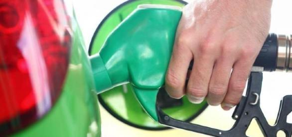Gasolina: camino al cielo, con o sin etanol - com.pa