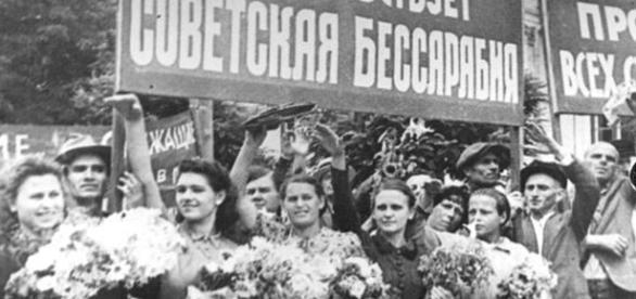 La 10 martie 1917, la Chişinău, a avut loc o demonstraţie cu participarea a câteva mii de oameni