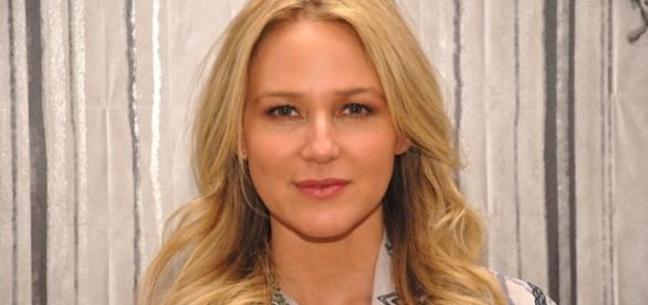 Singer Jewel. Photo Credit: Rollingstone.com