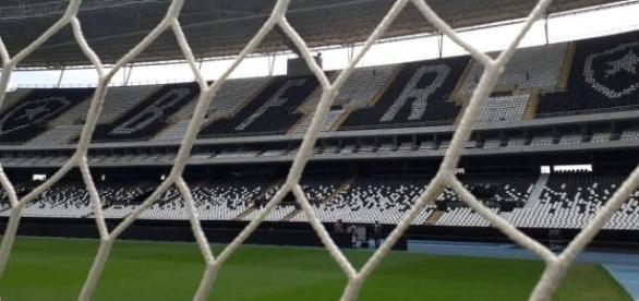 O Botafogo estreia na Libertadores com a promessa de Engenhão lotado nessa quarta-feira.