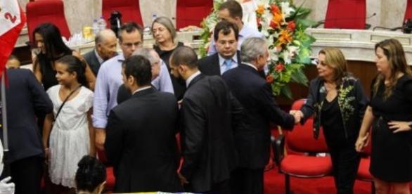 Ministro Teori Zavascki foi sepultado em Porto Alegre