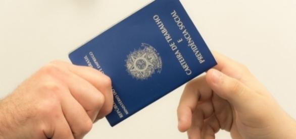 Desemprego sobe para 11,8% e atinge 12 milhões de pessoas, diz IBGE