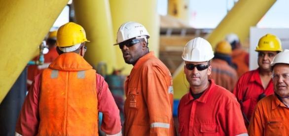 Economia no setor offshore movimentada com algumas oportunidades