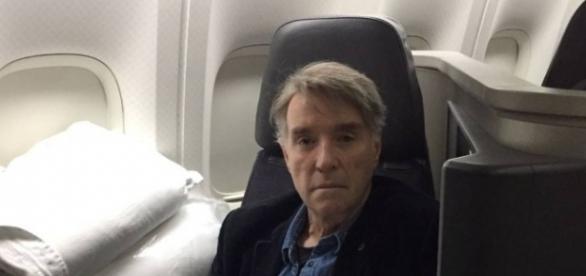 Empresário Eike Batista foi detido ao deixar voo que seguiu de Nova York ao Rio de Janeiro.