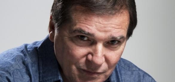 Foto do cantor Jerry Adriani, que está lançando livro