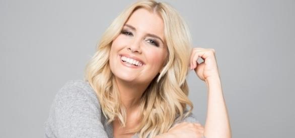 Jennifer Knäble moderiert für RTL und N-TV / Foto: RTL / Marie Schmidt
