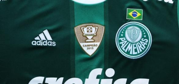 Jogador foi procurado para vestir a camisa do Palmeiras