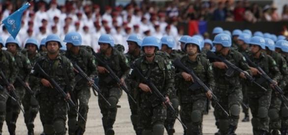 Representantes das Forças Armadas são contra as mudanças.