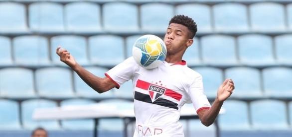 São Paulo acerta a venda do atacante David Neres para o Ajax (Reprodução/Rubens Chiri)