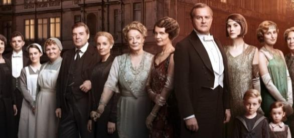 Downtown Abbey - Série com seis temporadas e vencedora de três Globos de Ouro