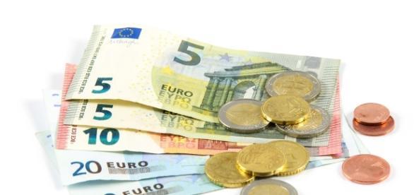Finlanda asigură venitul de bază garantat de 560€ pe lună pentru 2000 de persoane fără loc de muncă selectate aleator