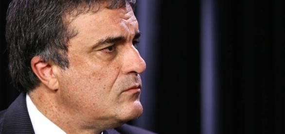 José Eduardo Cardozo critica duramente Sérgio Moro