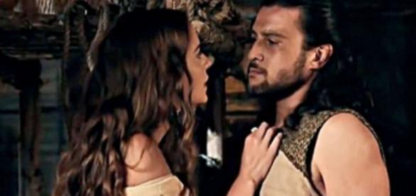 Maquir procura Livana para pedir perdão por seus erros