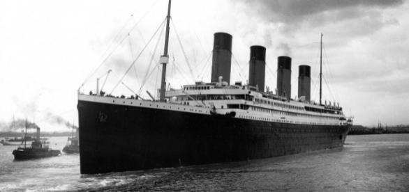 Titanic afundou em 1912, transportando 1500 pessoas