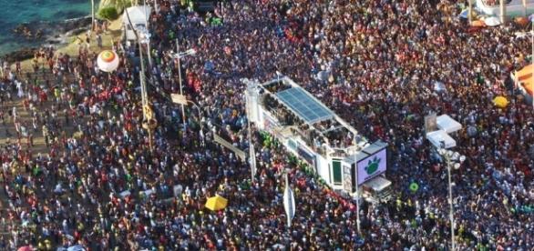O carnaval é uma das festas mais esperada.