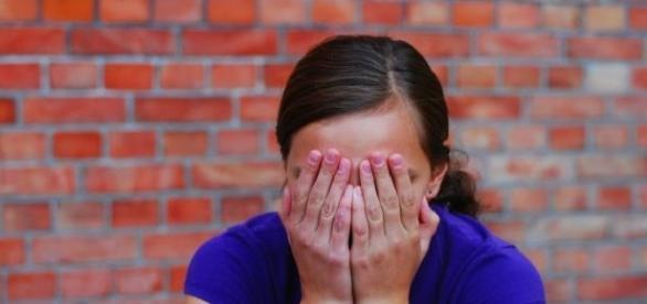 Minora este colegă de clasă cu fiica inculpaților