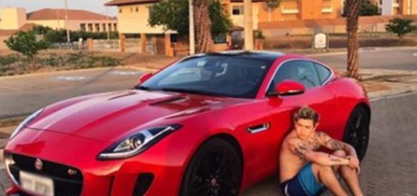 Presente de aniversário: carro de R$ 687 mil