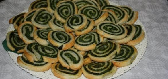 Rotolo di pasta con spinaci una preparazione salva tempo adatta in ogni occasione