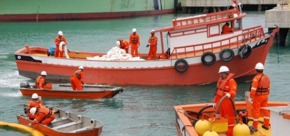 Obras em portos do Recife e Suape movimentam a economia de Pernambuco